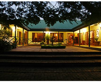 Tzaneen Country Lodge by night.
