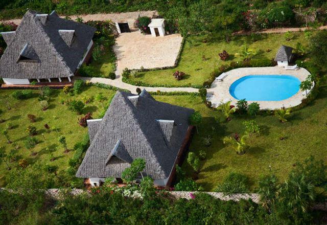 Villa Holly & Villa Dora