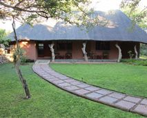 Bushmen/San Safari Lodge