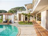 The Beach House La Lucia