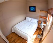 Cabin with a double bed