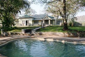 Mountain Creek Lodge Photo