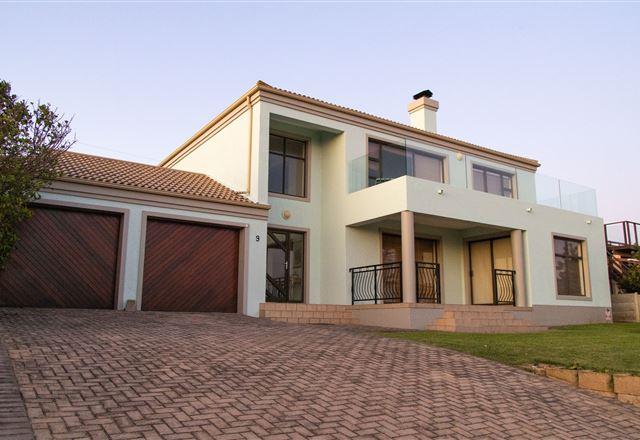 Villa Reebok