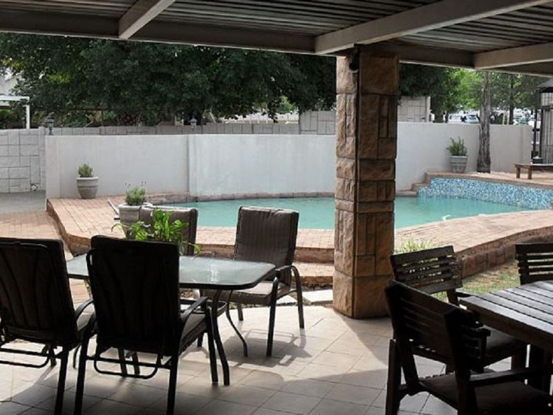 Orchard Guest House In Bloemfontein