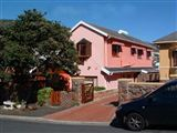 B&B1089935 - False Bay