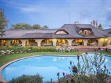 Tladi Lodge accommodation