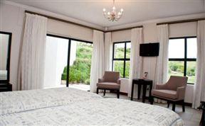 1 Longbridge Kingswood image2