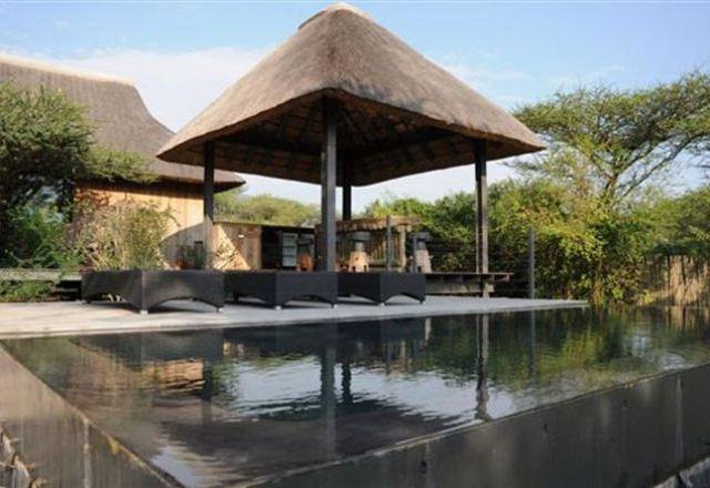 Royal Jozini Imvubu Lodge