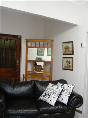 Ami Waldane Guest House