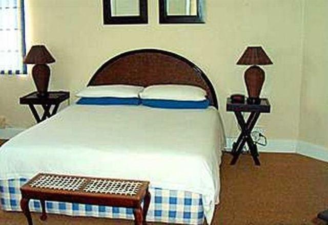 Peak Inn Manor