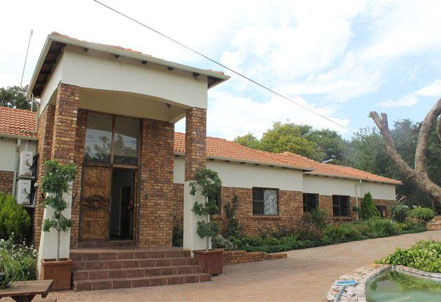 Le Bougainville Guest House