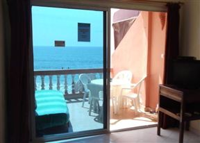 Surf N Stay Hash Bay Beachfront Apartment