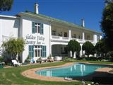 Golden Valley Country Inn & Conference Centre accommodation