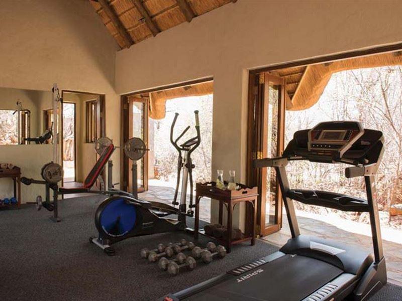 Madikwe Hills Private Game Lodge - SPID:134037