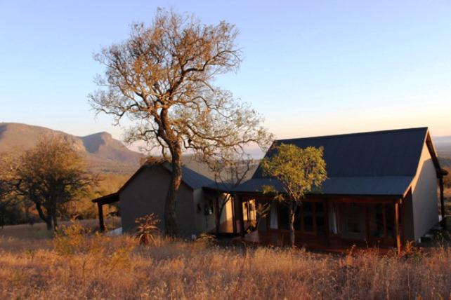 Royal Jozini's Lisango Lezulu Lodge
