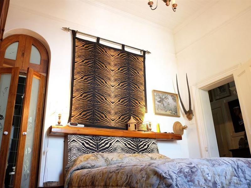 Miraculous Jambo Guest House Spid 1343 Junk Mail Interior Design Ideas Inesswwsoteloinfo