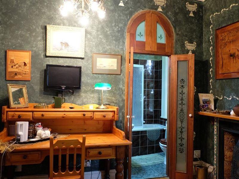 Pleasing Jambo Guest House Green Point Accommodation Weekendgetaways Interior Design Ideas Inesswwsoteloinfo