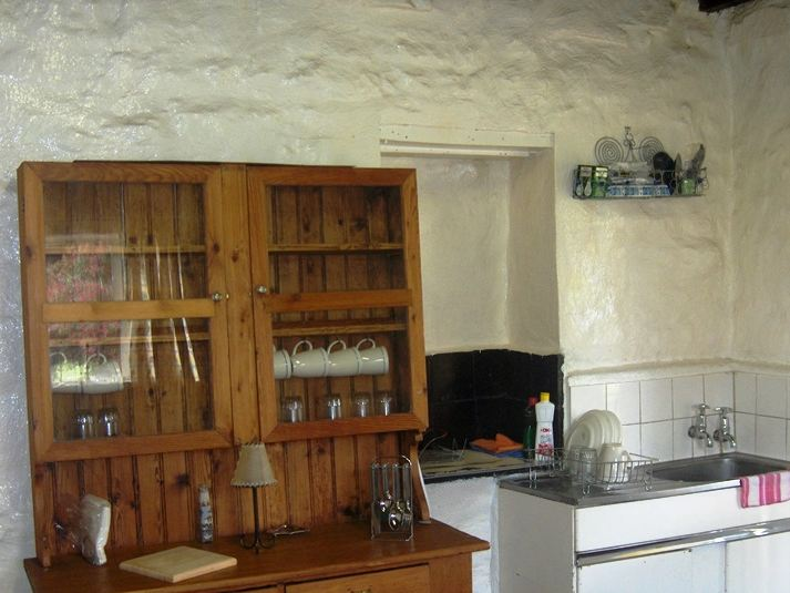 Driefontein affordable weekend getaway for Affordable kitchens gauteng