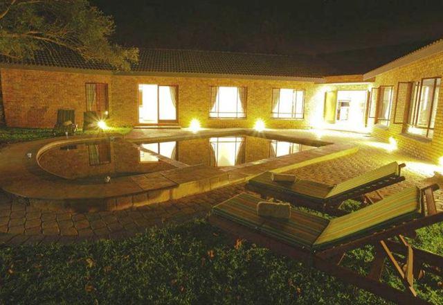 Dubula Mangi Safari Lodge