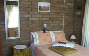 Tomyras Lodge Photo