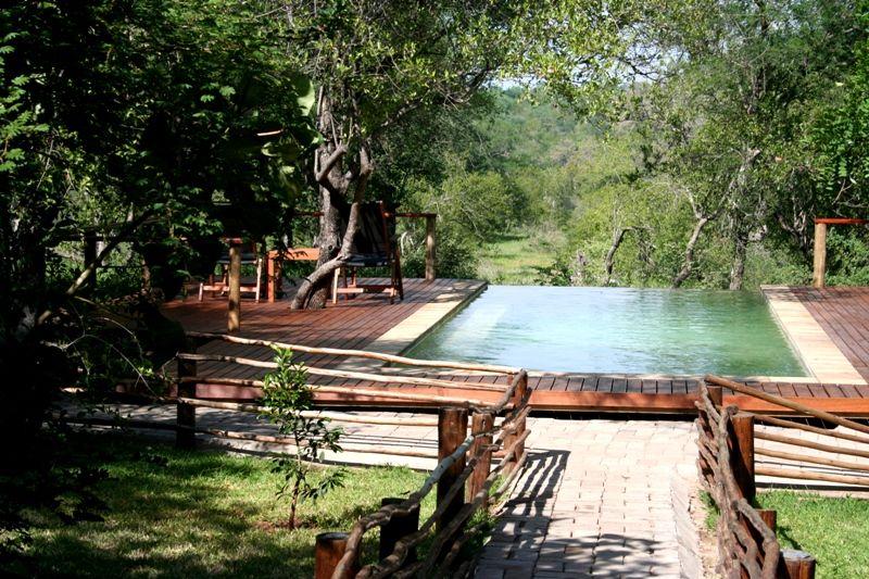 Toro Yaka Bush Lodge