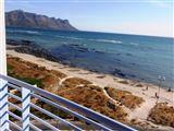 Ocean Breeze Hotel Suite