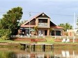 River's Edge Guesthouse