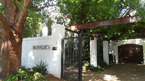 Rosslie's Guesthouse