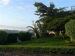 Golf Hills Residence
