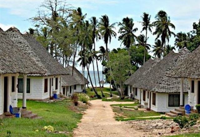 Simba and Oryx Diani Beach Cottages