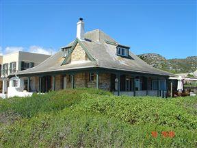 Lorelei Historical Beachfront Cottage - SPID:169787