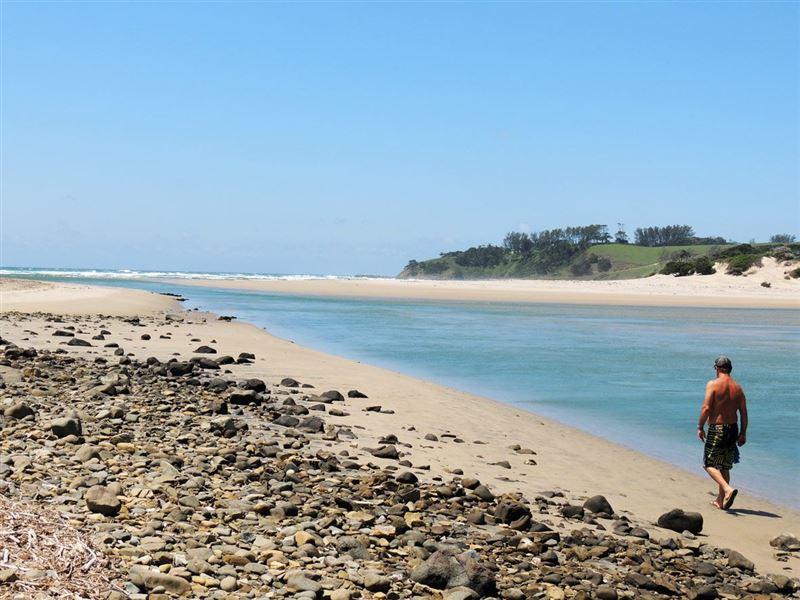 pet friendly Mdumbi Beach