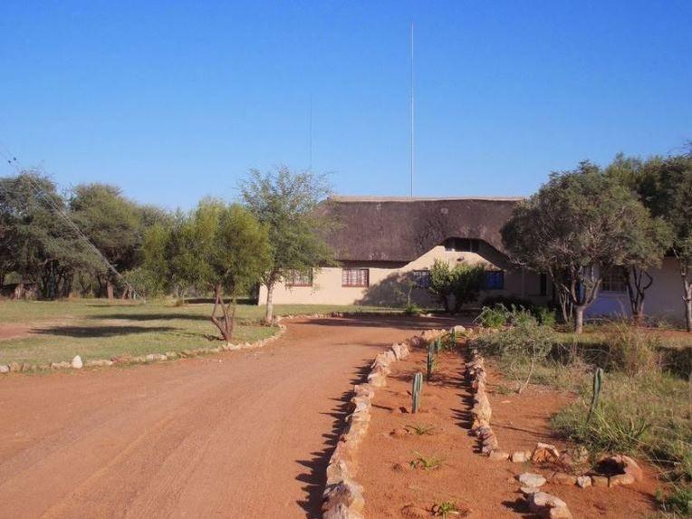 Beestekraal South Africa  city photos gallery : Ibhala Bhala Game Lodge, Beestekraal