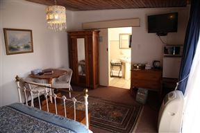 Queens Terrace Guest House