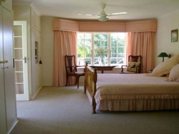 pet friendly Upper Ferncliffe