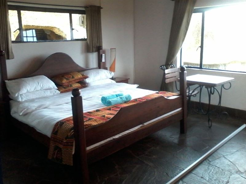 Zimre lodge in kariba for Bedroom furniture zimbabwe