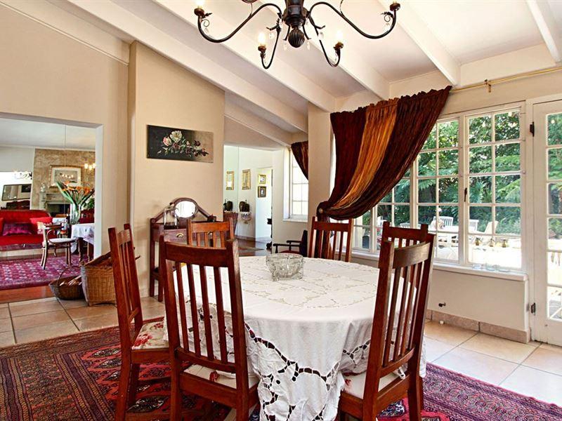 Darling Villa Hout Bay Accommodation Weekendgetaways