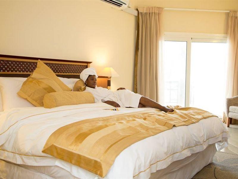 La Palm Royal Beach Room Rates
