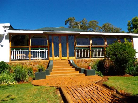 Highlands Country Lodge