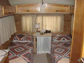 Caravan Lodge