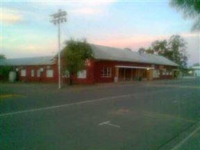 Loeriesfontein Hotel