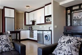 Cape Lofts - Dockside Apartment 1202
