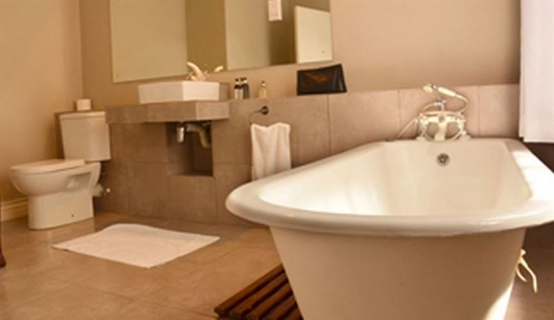 Ballantynes lodge harare your cape town south africa for Bathroom designs zimbabwe