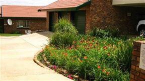 Rooidraai Estate Guesthouse