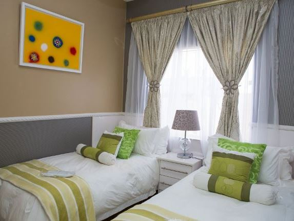 Zaza S Guesthouse And Spa Soweto Your Cape Town South