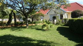 Ebuhleni Guest Lodge