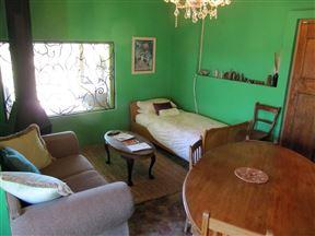 Bluegum Cottage @ The Garlic House