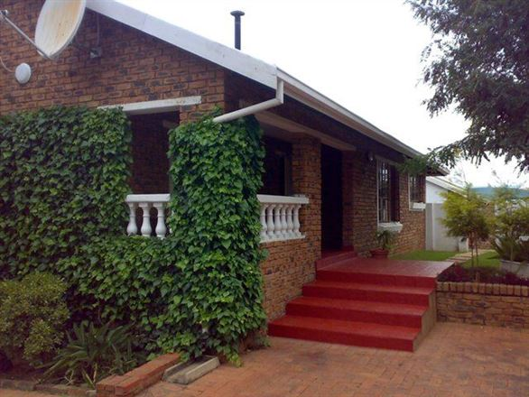 Phomolong Bed and Breakfast