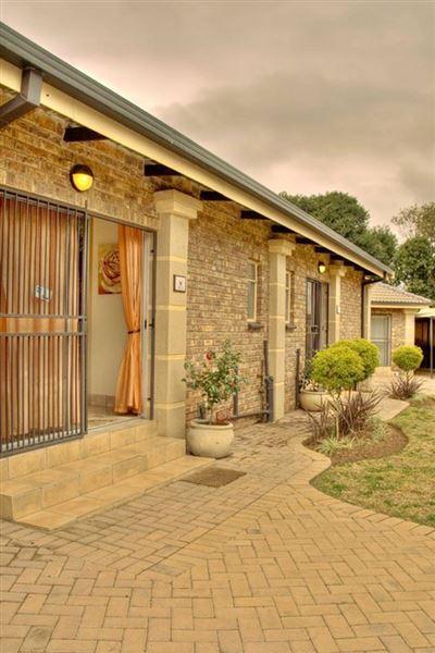 Pillars Accommodation Middelburg Mpumalanga Your