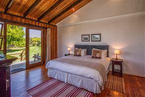 Piesang Valley Lodge Photo